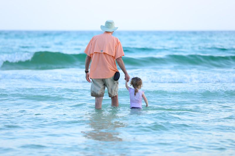 Harper at the beach-37.jpg