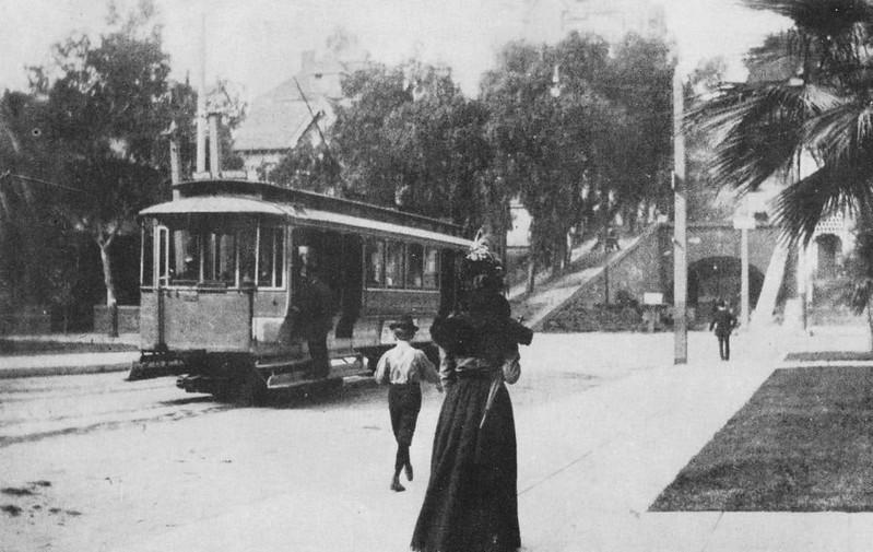 1898-OnTheRailsOfLosAngeles035.jpg