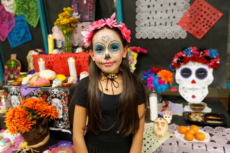 110118BrownMS-DayOfTheDead291 copy.JPG