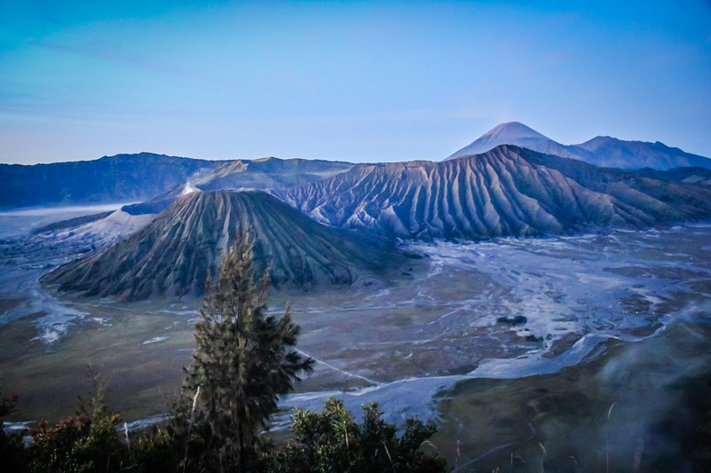 Must visit places in Indonesia Mount Bromo