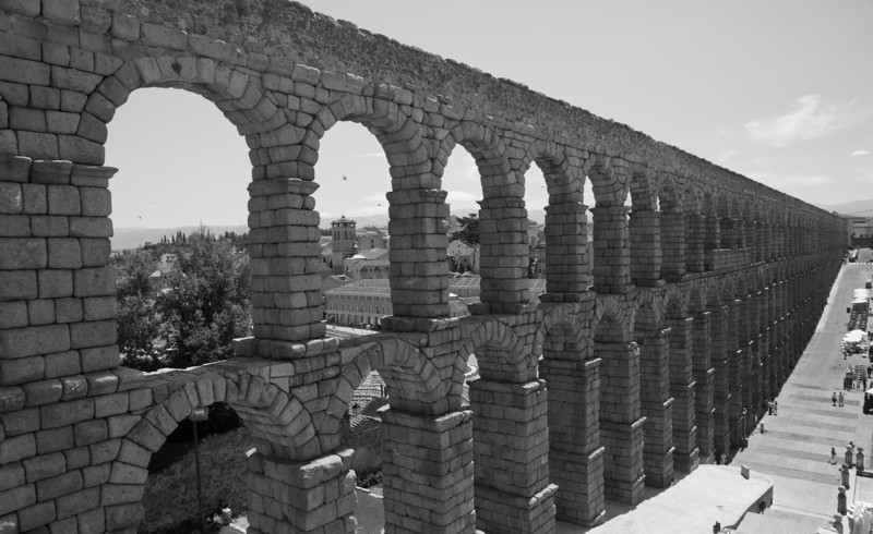 Roman aqueduct, Segovia