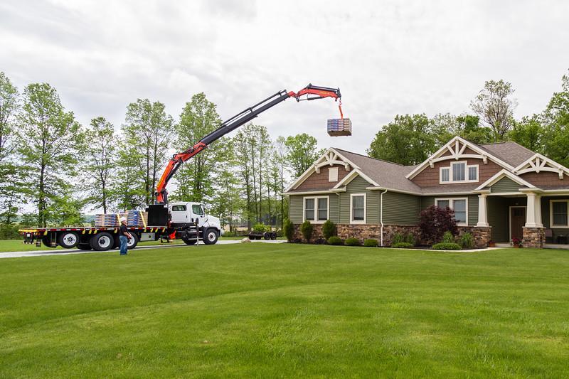 Palfleet Roofing Crane 10.jpg
