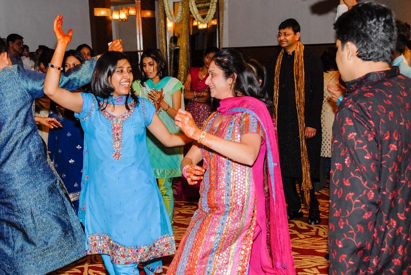 Wedding_Bombay_1206_416-2.jpg