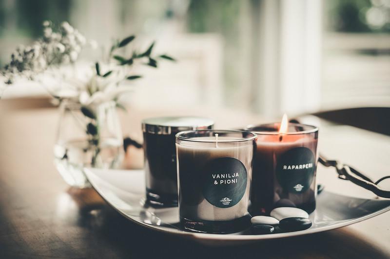 Saaren Taika huonetuoksu tuoksukynttilät sisustus lifestyle (12 of 30).jpg
