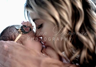 Maternity, Newborn & Gender Reveal Photography