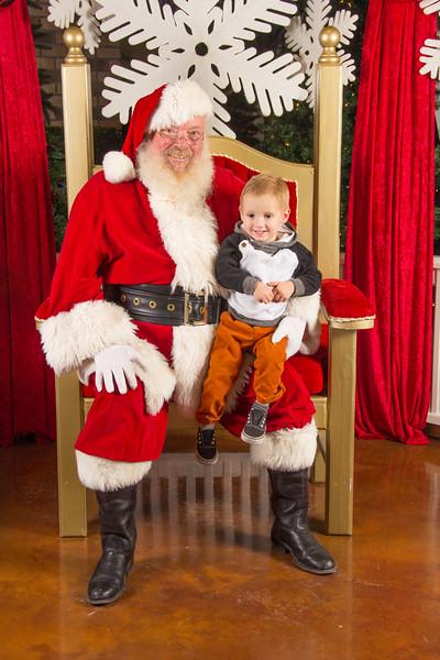 Santa 12-16-17-339.jpg