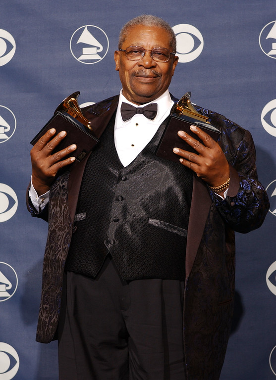 ". B.B. King poses with the two Grammy Awards he won for Best Pop Instrumental Performance for ""Auld Lang Syne\"" and Best Traditional Blues Album for \""A Christmas Celebration of Hope\"" during the 45th Annual Grammy Awards at the Madiso"