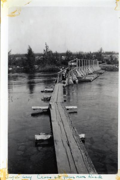 locks 1938.jpg