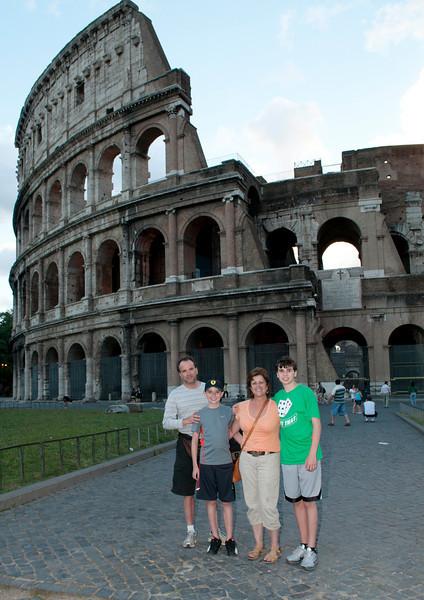Family in Rome_7967.jpg
