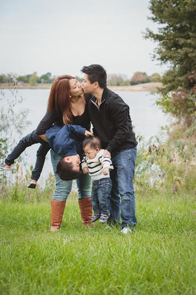 trinh-family-portrait_0047.jpg