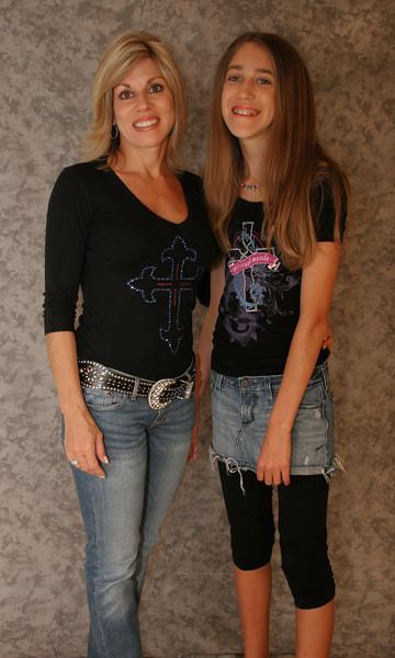 Mom & Daughter 031 copy.jpg