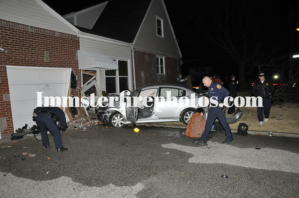 HICKSVILLE FD CAR INTO HOUSE SOUTH OYSTER BAY RD 2-19-12