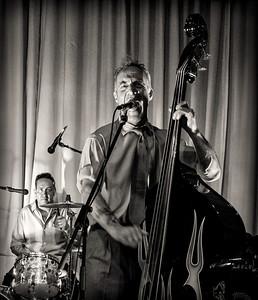 Dave Phillips & The Ratrodz at Chez Vegas #6
