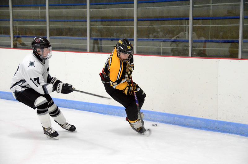 141005 Jr. Bruins vs. Springfield Rifles-154.JPG