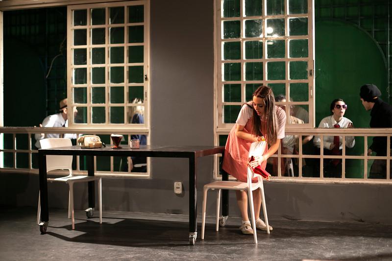 Allan Bravos - Celia Helena - O Beijo no Asfalto-1250.jpg