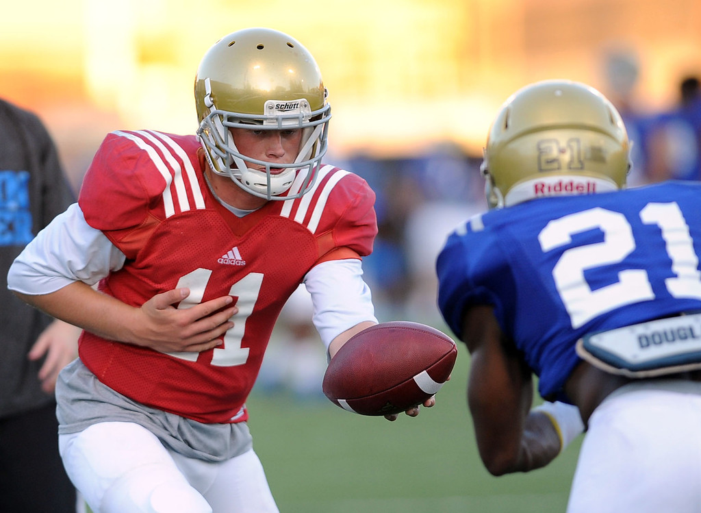 . UCLA quarterback Jerry Neuheisel during spring practice Monday April 7, 2014 at UCLA.(Andy Holzman/Los Angeles Daily News)