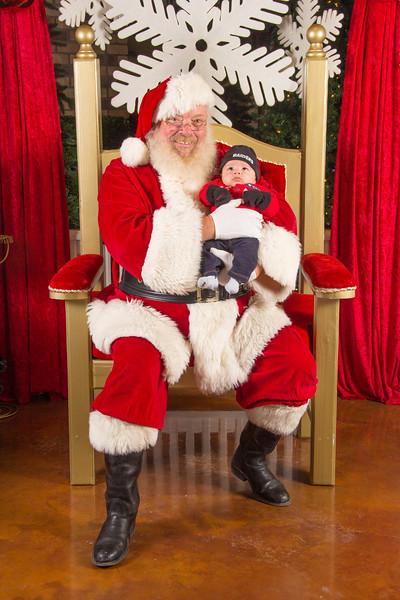 Santa 12-16-17-400.jpg