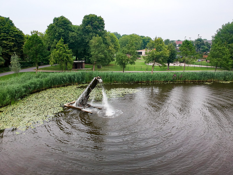 Archimedes Screw as a fountain. Neat!