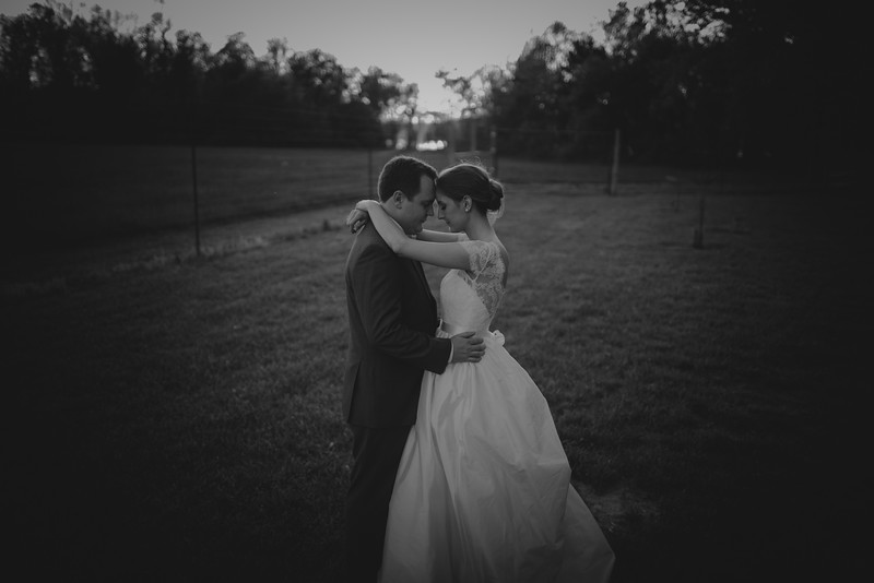 Amy+Andy_Wed-0561 (2).jpg