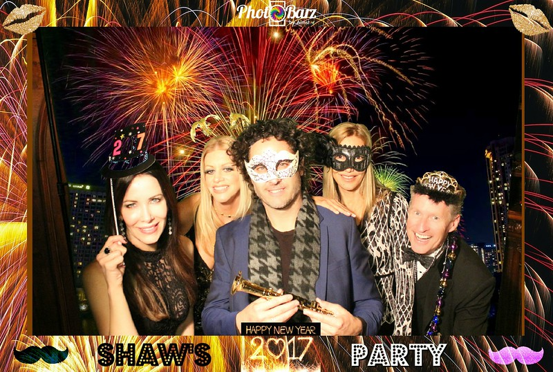 Shaws NYDay Party (74).jpg