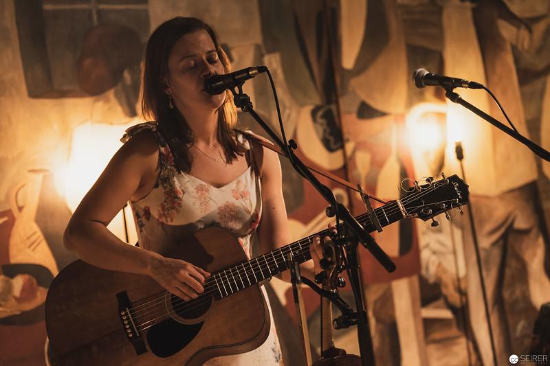 Claudia Heidegger live at Cafe Siebenstern, Support für Shane Ó Fearghail