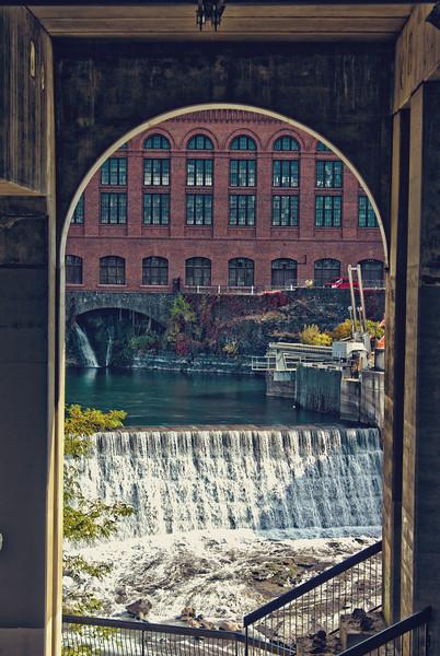 Riverfront_Park_HDR5.jpg