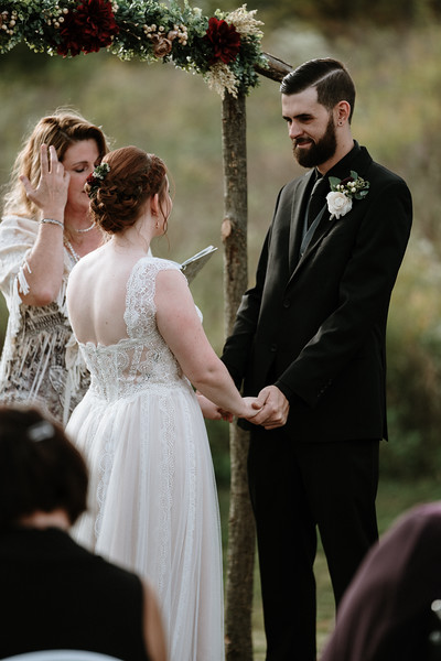 rustic_ohio__fall_barn_wedding-220.jpg