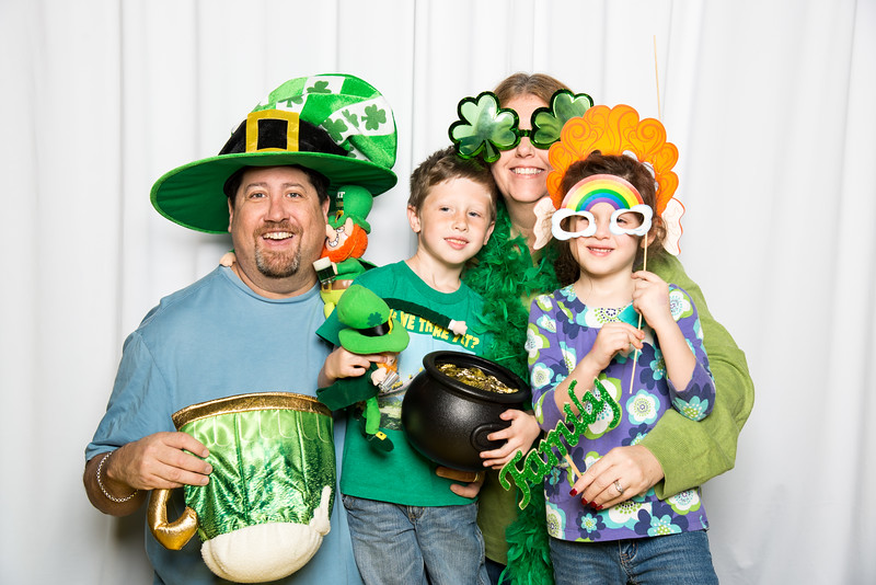 photo booth by Click Happy Productions-38.jpg