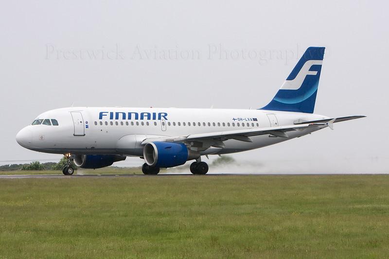 OH-LVA. Airbus A319-112. Finnair. Prestwick. 010608.