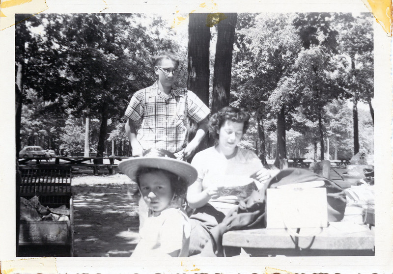 Uncle Butch ,aunt Donna and George.jpg