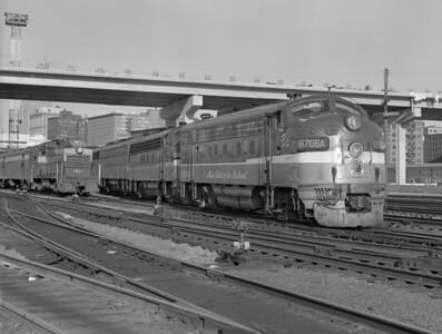 NP—Diesel Locomotives/Trains