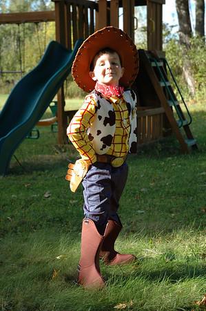 October 07 Halloween costumes