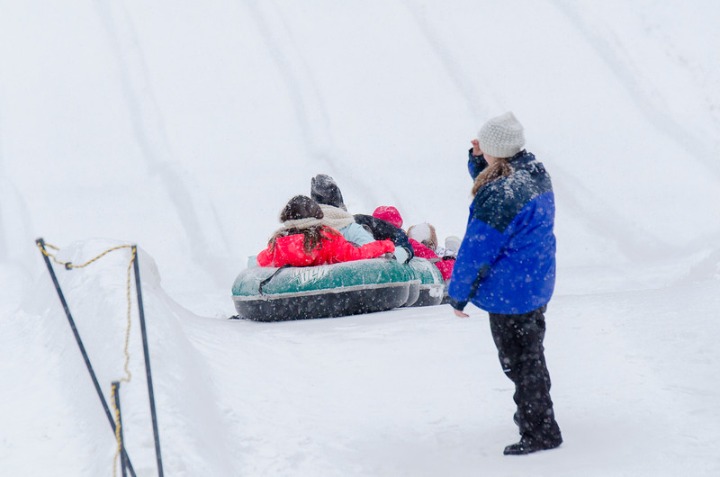 Opening-Day-Tubing-2014_Snow-Trails-71100.jpg