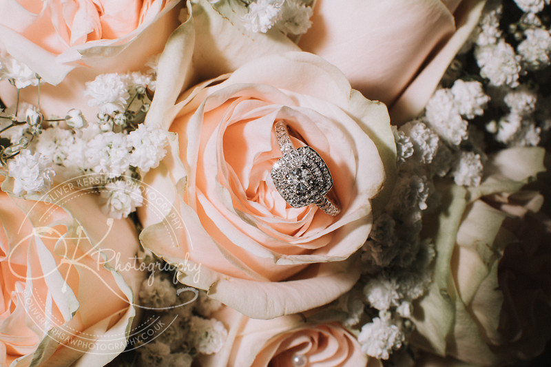 wedding-Hannah & Daniel-By-Oliver-Kershaw-Photography-120002.jpg