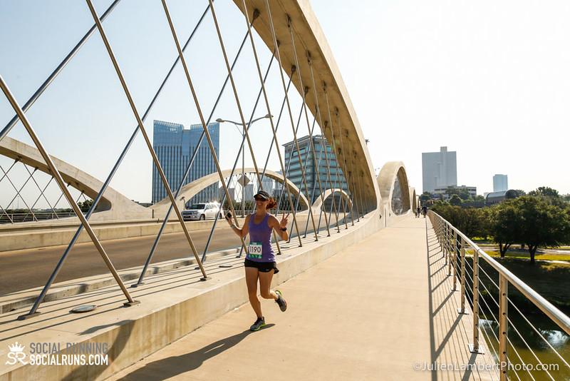 Fort Worth-Social Running_917-0577.jpg