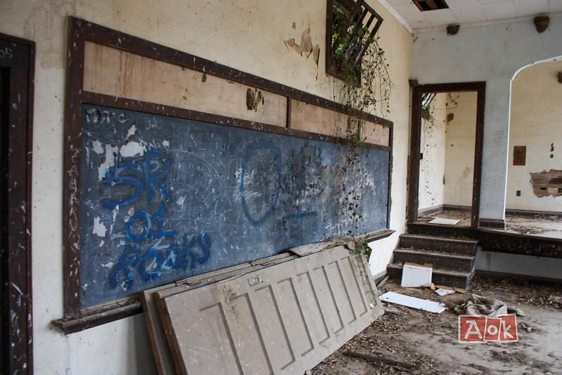 bird-creek-school-1.jpg