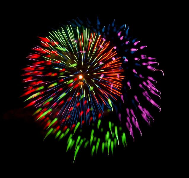 fireworks_180.jpg