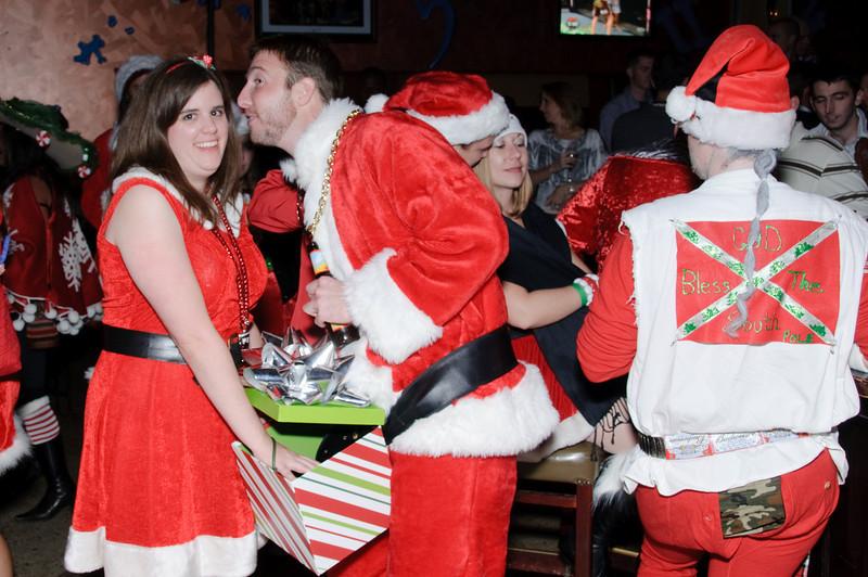 2009 ALS Santa Crawl-172.jpg