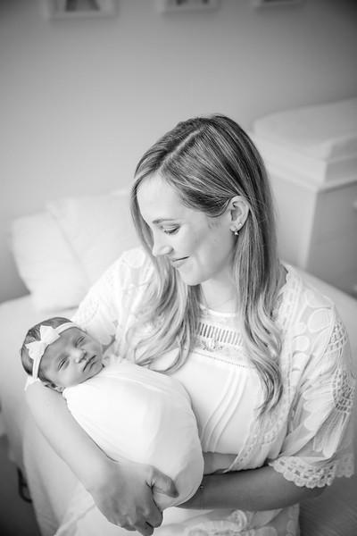 bw_newport_babies_photography_hoboken_at_home_newborn_shoot-4925.jpg