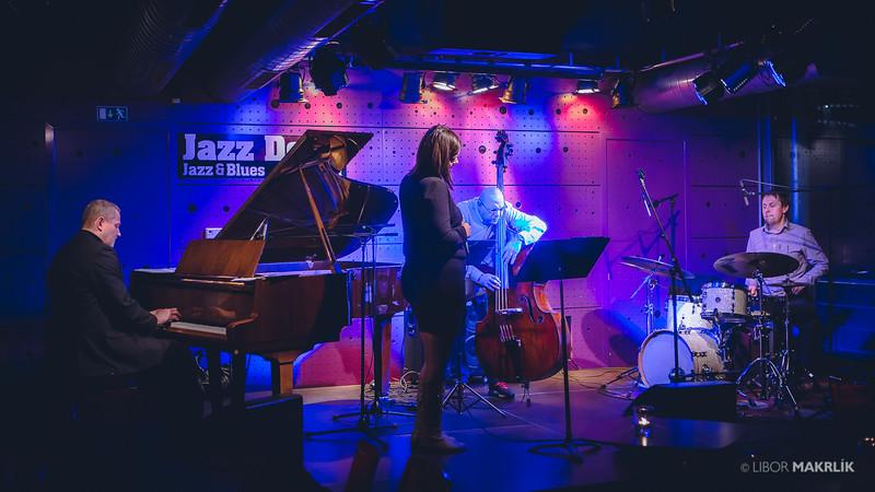 20160301-193740_0044-zuzana-vlcekova-kvartet-jazzdock.jpg