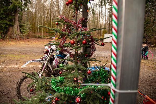 12-December 2019 Funday-Santa
