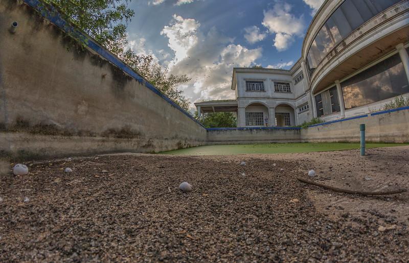 AbandonedMansdw35.jpg