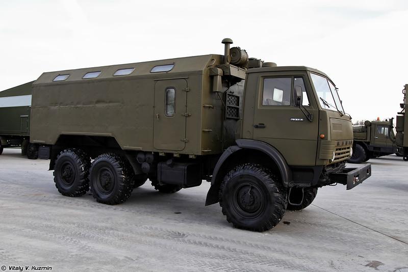 КАМАЗ-43101 с кузовом КМ-4310 (KAMAZ-43101 with KM-4310 compartment)