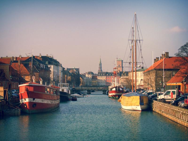 copenhagenboats_nn.jpg