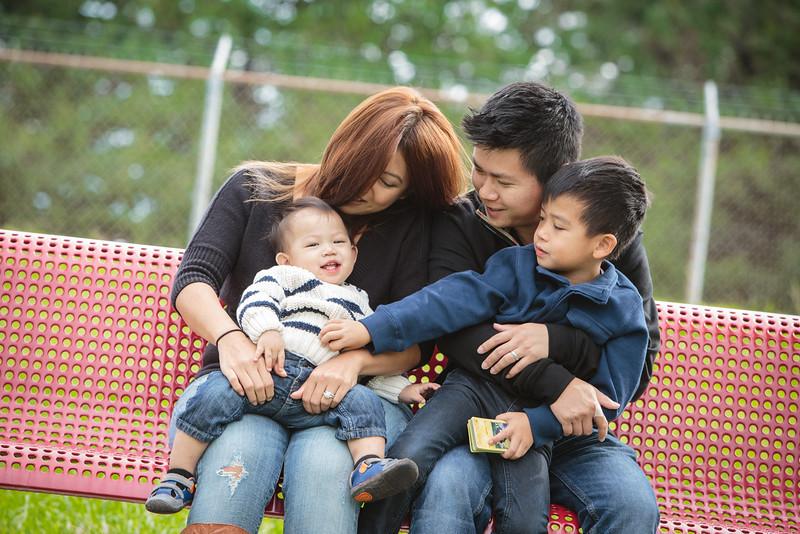 trinh-family-portrait_0005.jpg