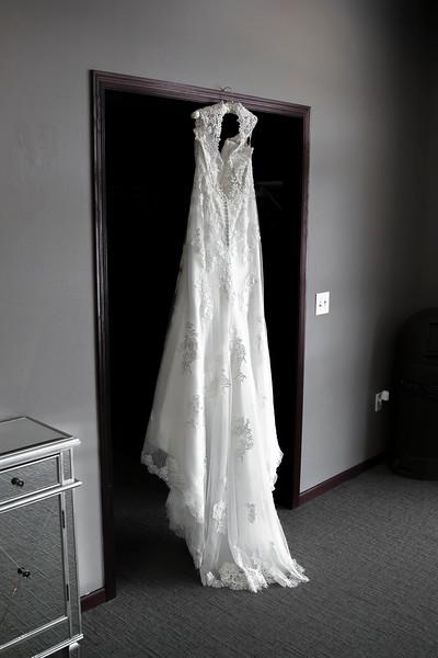 Laura & AJ Wedding (0040).jpg