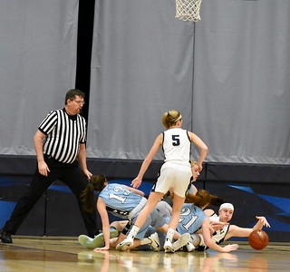 Mineral Point vs Aquinas Girls Basketball 3-5-20