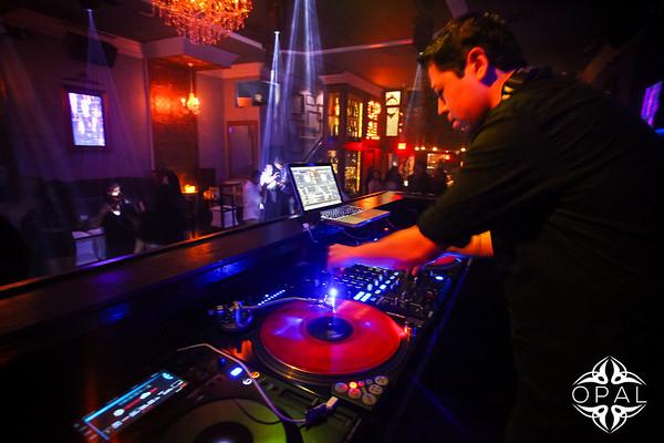 4/3 [DJ Benofficial & Alex Degai Live@Opal]