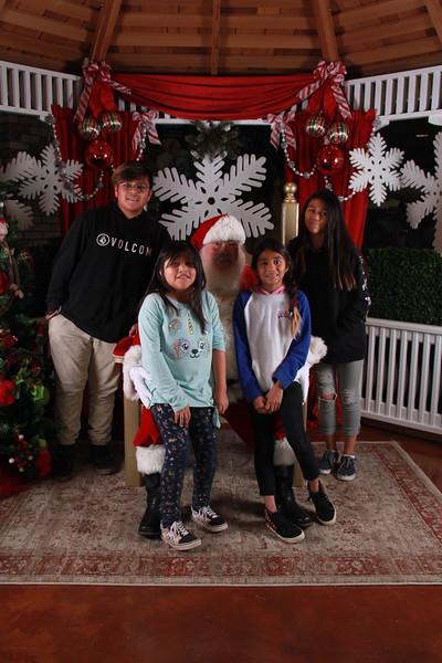 Santa Days-395.JPG