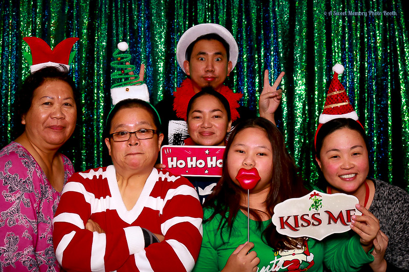 Medtronic Holiday Party -349.jpg